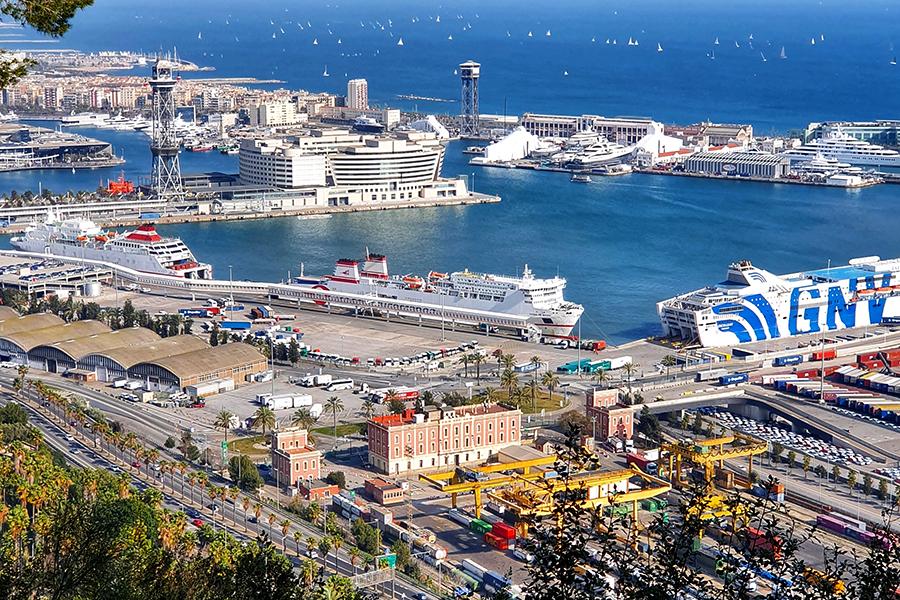 Port morski w Barcelonie