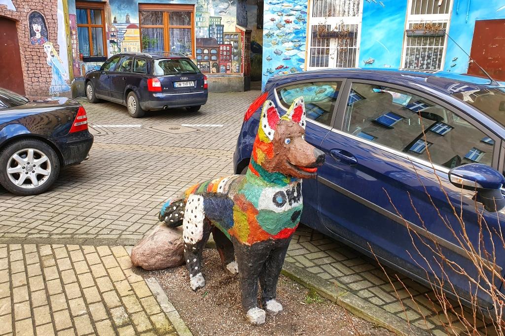 Pomnik psa na Nadodrzu we Wrocławiu.
