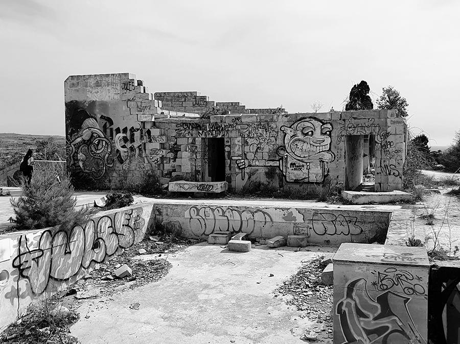 Opuszczony Festaval Hotel na Malcie.